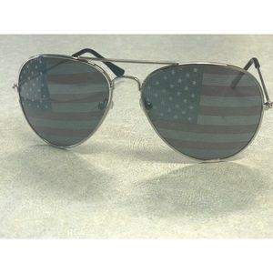 American Flag Aviators NEW
